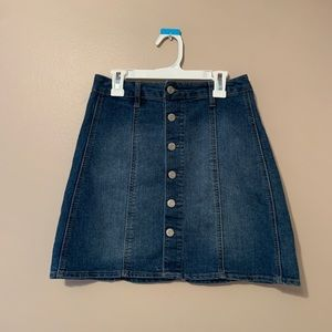 🌟MOSSIMO Button Front A Line Jean Skirt
